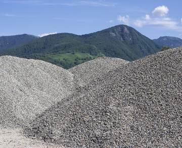 Vente et livraison de granulats : béton, gravier, calcaire et sable à proximité de Margaux